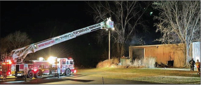 PRESCOTT FIRE DEPARTMENT FIGHTS STRUCTURE FIRE AT BUSINESS